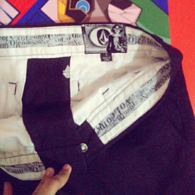 Pre Loved Original Volcom Skirt