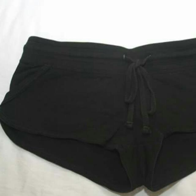Preloved TERRANOVA booty Shorts