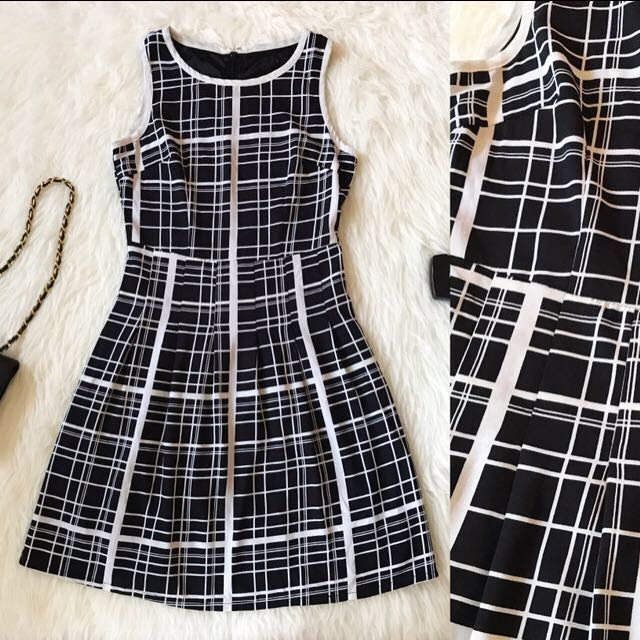 Prem Bw Block Dress
