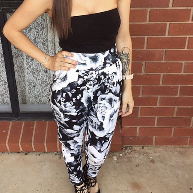 Rise Of Dawn Pants Size Small