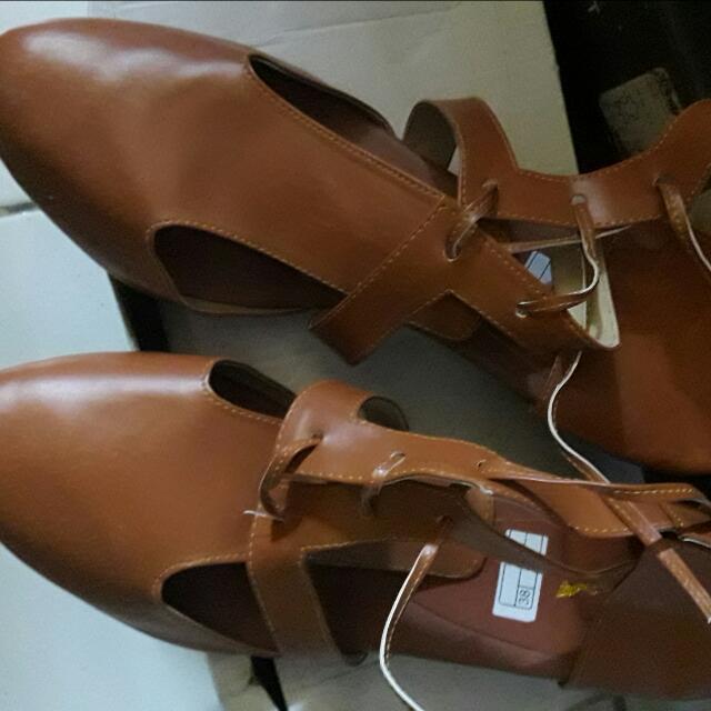 Sepatu Hels 5 Cm