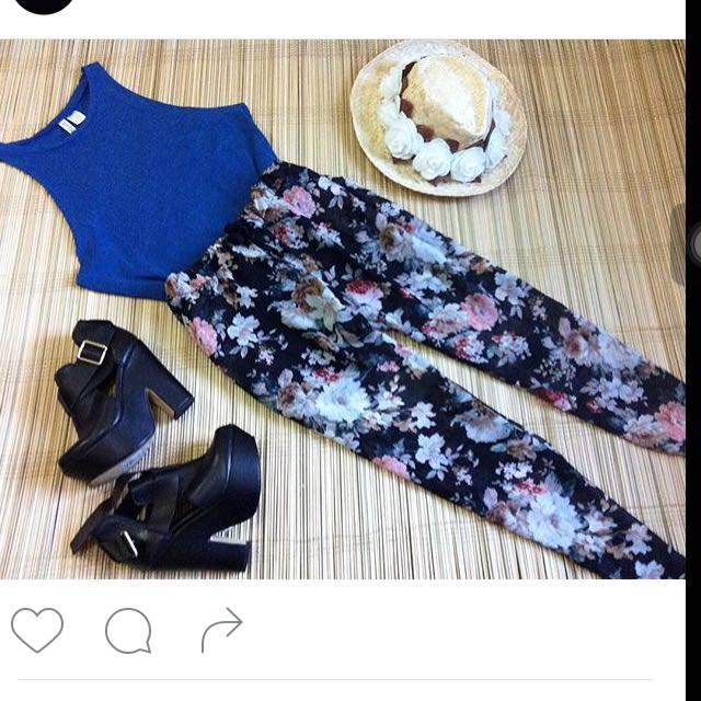 Set A H&m Top And floral Pants