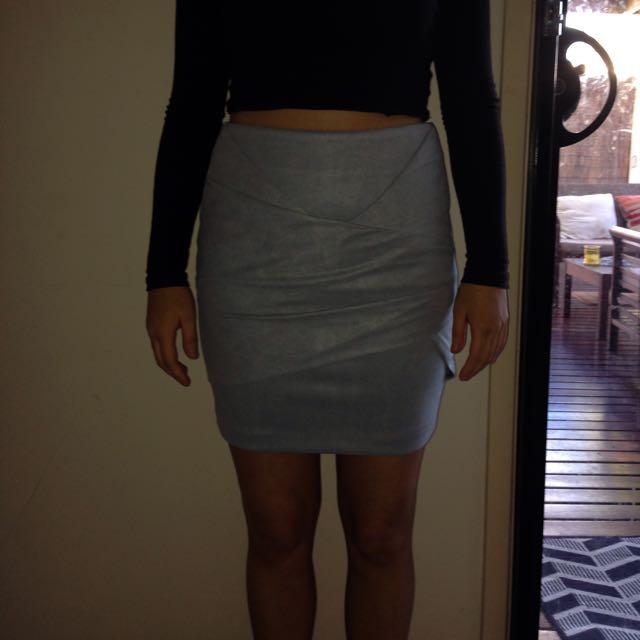Sheike Monarchy Skirt Size 6