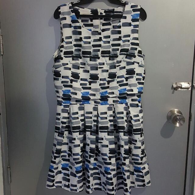 Sleeveless Coordinate Dress