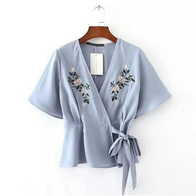V TIE EMBROIDED TOP