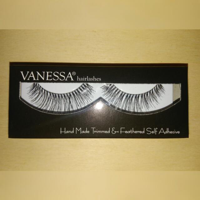 VANESSA FALSE EYELASHES
