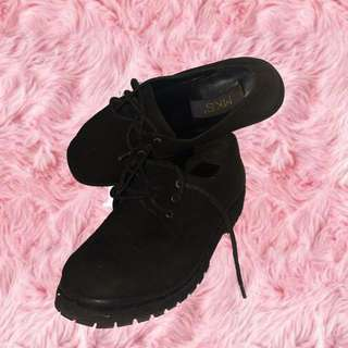 Black Canvas Boots by MKS