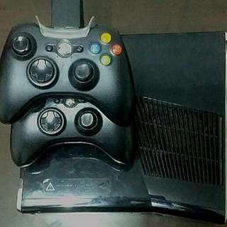 Xbox 360 (s) Slim 250 GB Console