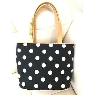 AUTHENTIC Beautiful Moschino Hand Bag