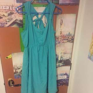 Green Dress With 2 Pockets