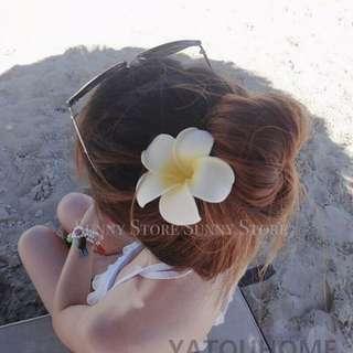 現貨🌼比基尼海邊度假 波西米亞風 雞蛋花髮夾 可搭配草帽 飾品