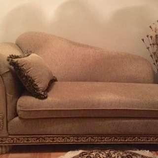 Beige Divan/chaise