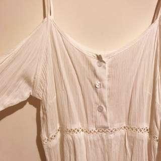 White Beach Cut Out Shoulder Dress Size S / 6-8