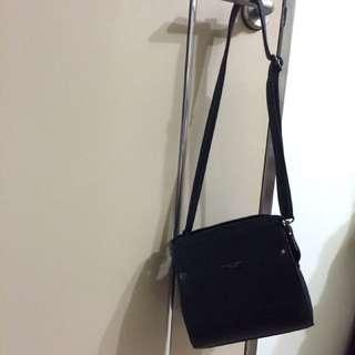🚚 免運‼️兩背式黑色斜背包