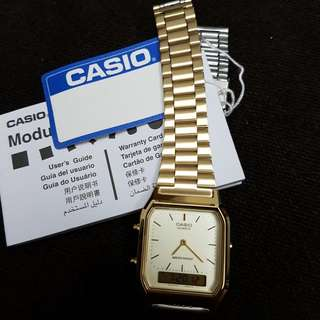 AUTHENTIC CASIO VINTAGE WATCH IN GOLD
