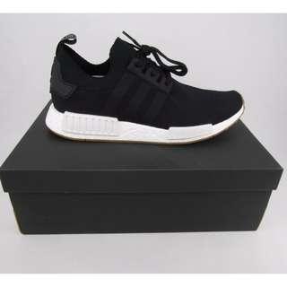 Adidas NMD R1 Primeknit Core Black Gum!