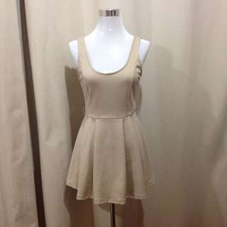 Beige short dress