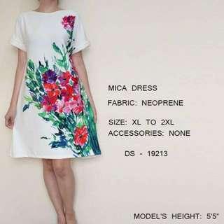 Plus Size White Floral Dress