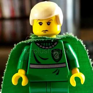 Lego Harry Potter Draco Malfoy Quidditch Classic Yellow Face With Cape