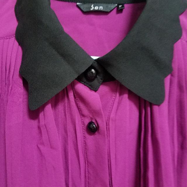 紫紅色百摺上衣