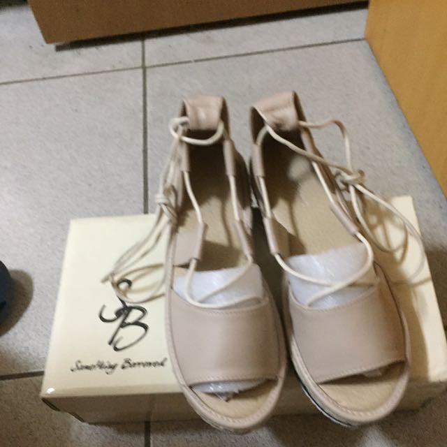 厚底涼鞋#我有涼鞋要賣