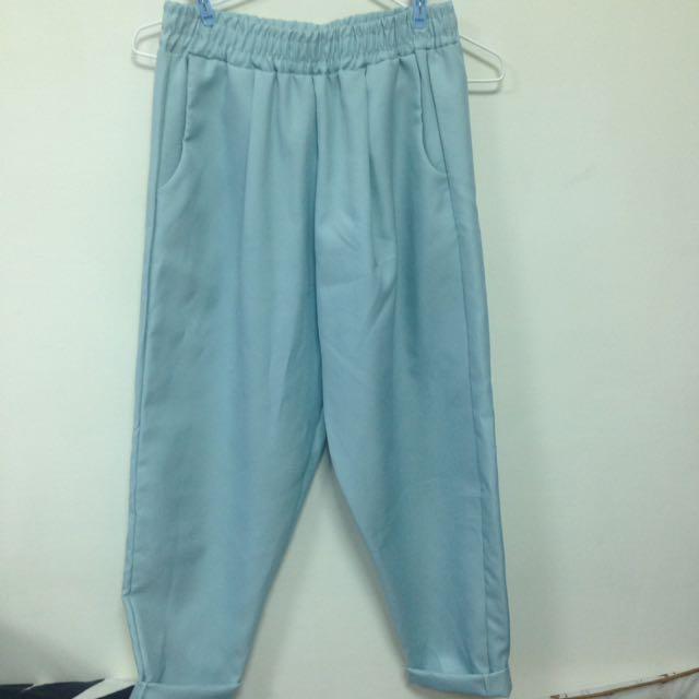 水藍直筒褲