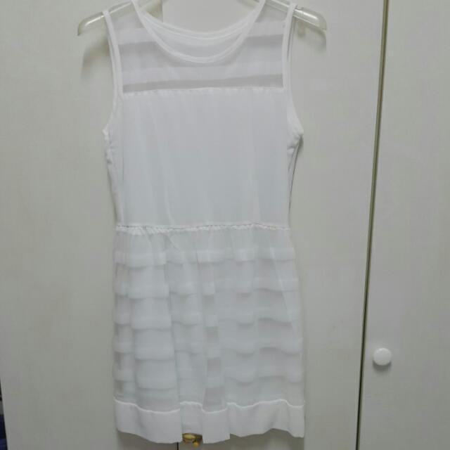 白色 下擺透視網紗洋裝
