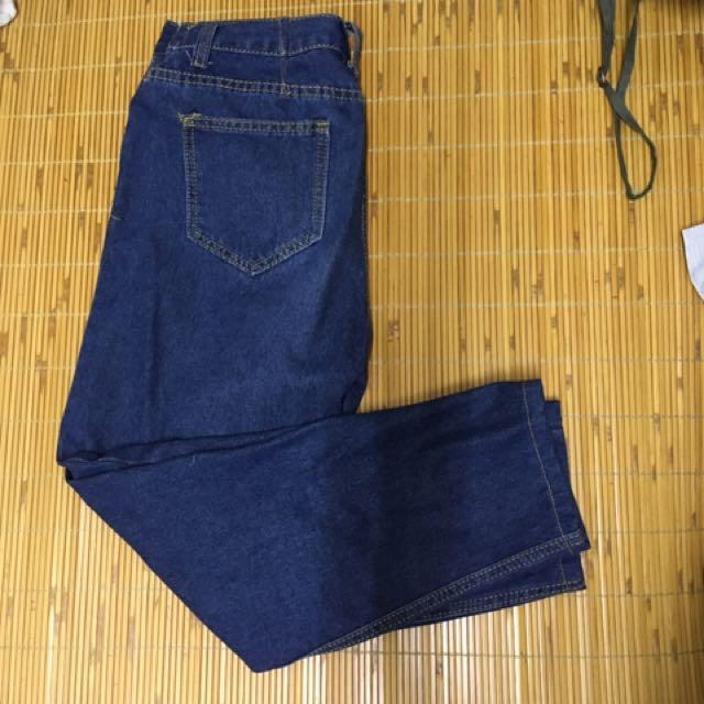 深藍牛仔褲 刷破牛仔褲 uniqlo牛仔褲