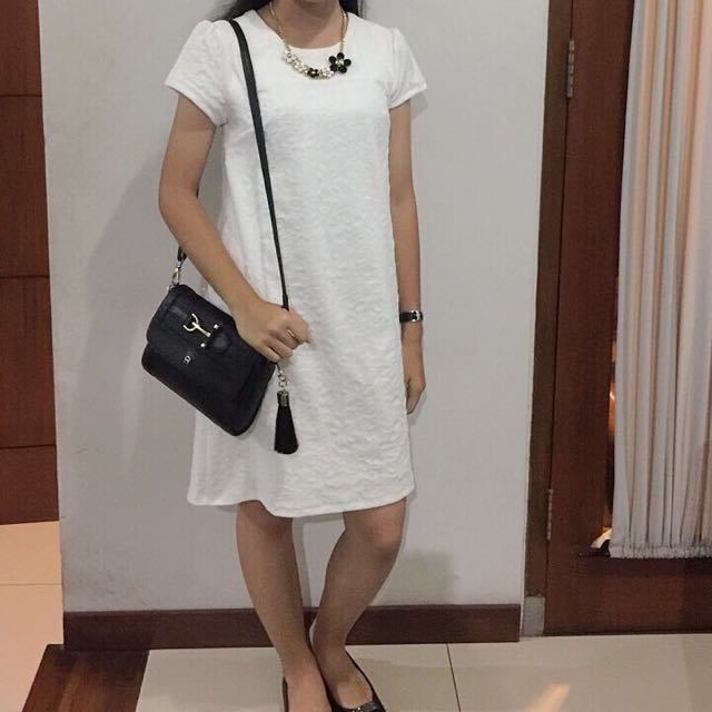 Anthalia Dress Putih