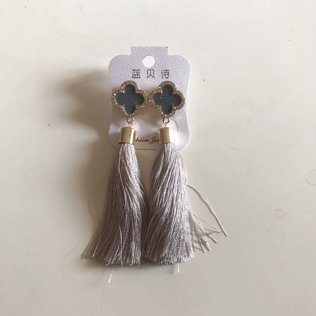 Anting Tassel Korea B