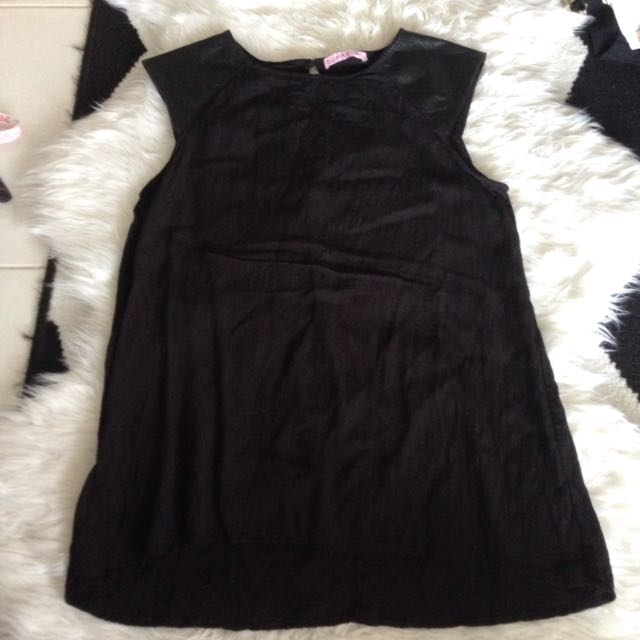 Black Tee Shirt Top Blouse Leather Sleeves Supre Size 10