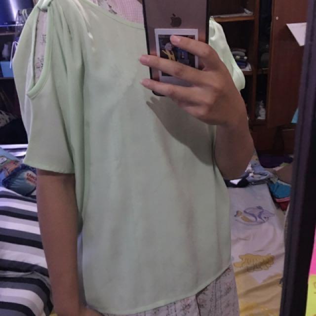 blouse pastel