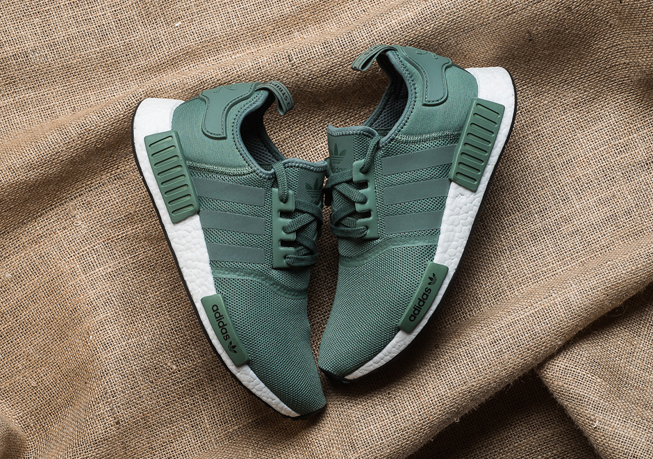 42bdb2392dfff BN Authentic Adidas NMD R1 trace green  turbo f11