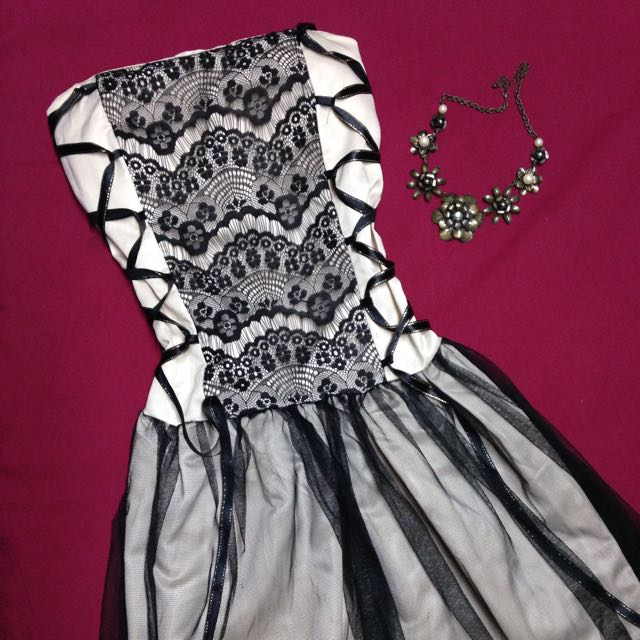 Dress: Costume Party
