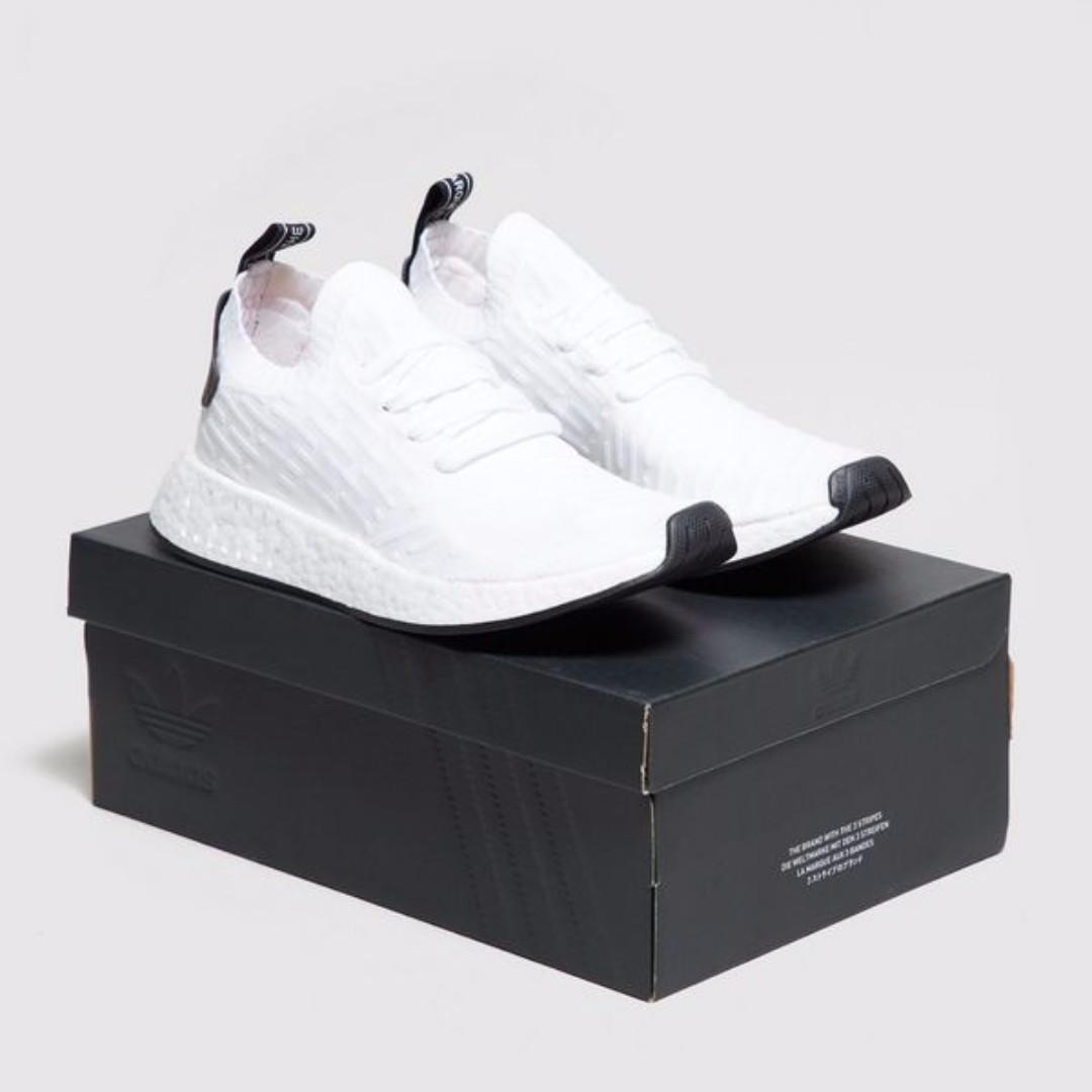 finest selection 04efe 89c86 【EXCLUSIVE】 限時免國際運費!!!英國 adidas Originals NMD_R2 PK BY3015 全白黑底
