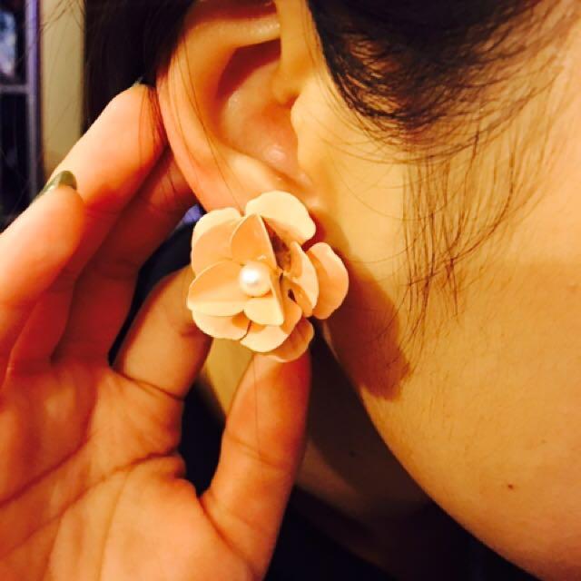 Collett Flower Earring