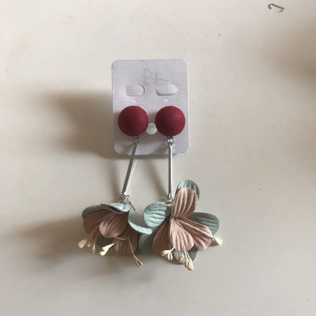 Flower Red Earring A