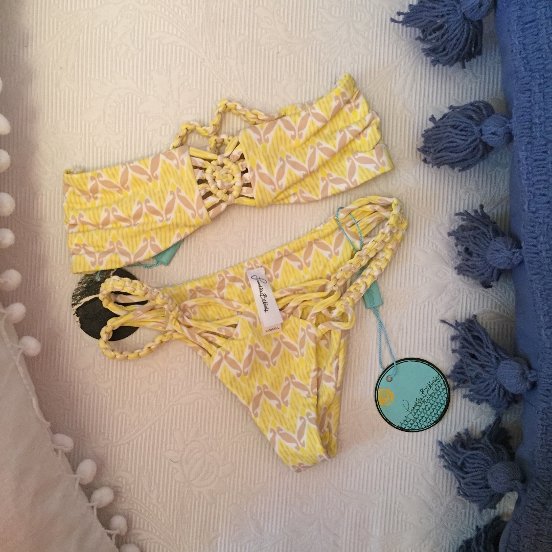 Frankie's Bikinis Mary-Jane Top and Bottom fit extremely small, XXS for both.
