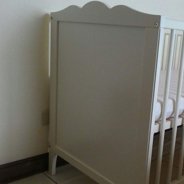 Ikea HENSVIK嬰兒床附床墊
