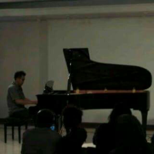 Jasa Privat Piano& Keyboard