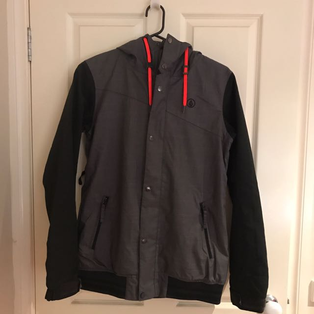 Men's Volcom Snow Jacket Size M