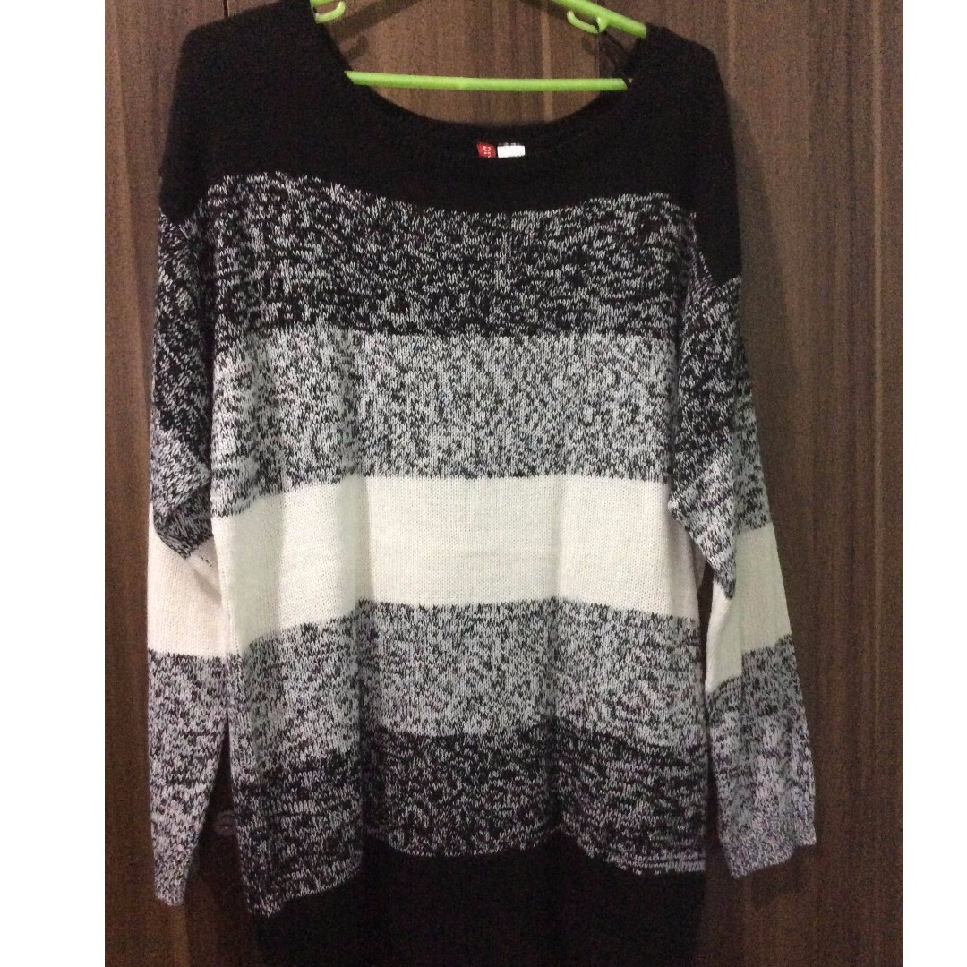 Pre Loved H & M /Divided Oversized Pullover