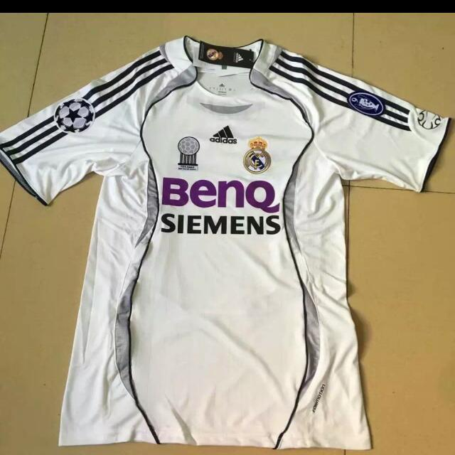 Real Madrid 2006 07 Home Retro Kit 52e6461ee