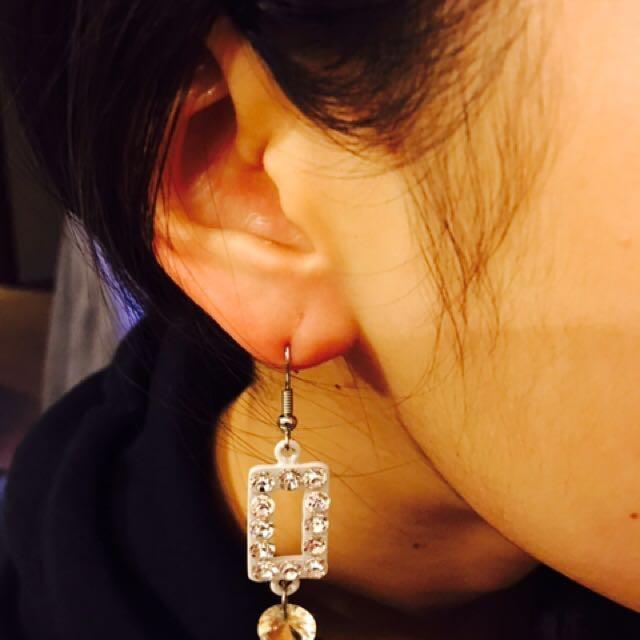 Rectangle earring