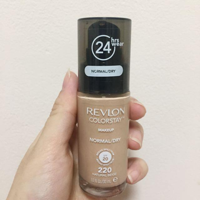 Revlon Colorstay 24 Hours Foundation- 220 Natural Beige