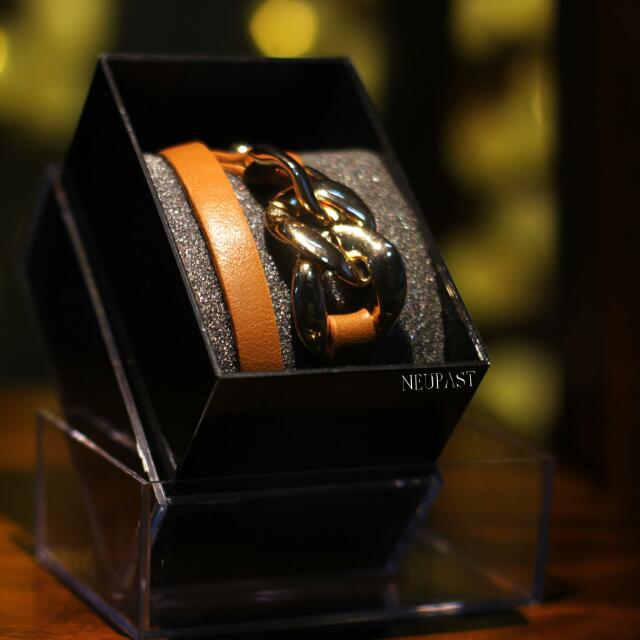 LAST PIECE SALE Tan Bangle Bracelet