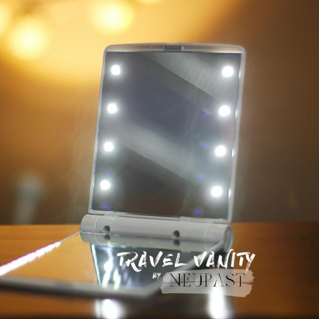 SALE Travel Vanity Pocket Mirror With LED Lights