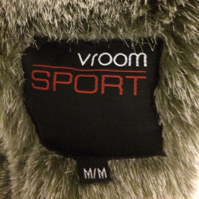 Vroom Sport  - Size M