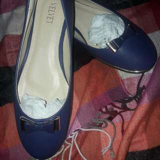 *Repriced* Php 350 Velvet Flat Shoes Size 11