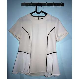 Blus offwhite merk Invio size 12